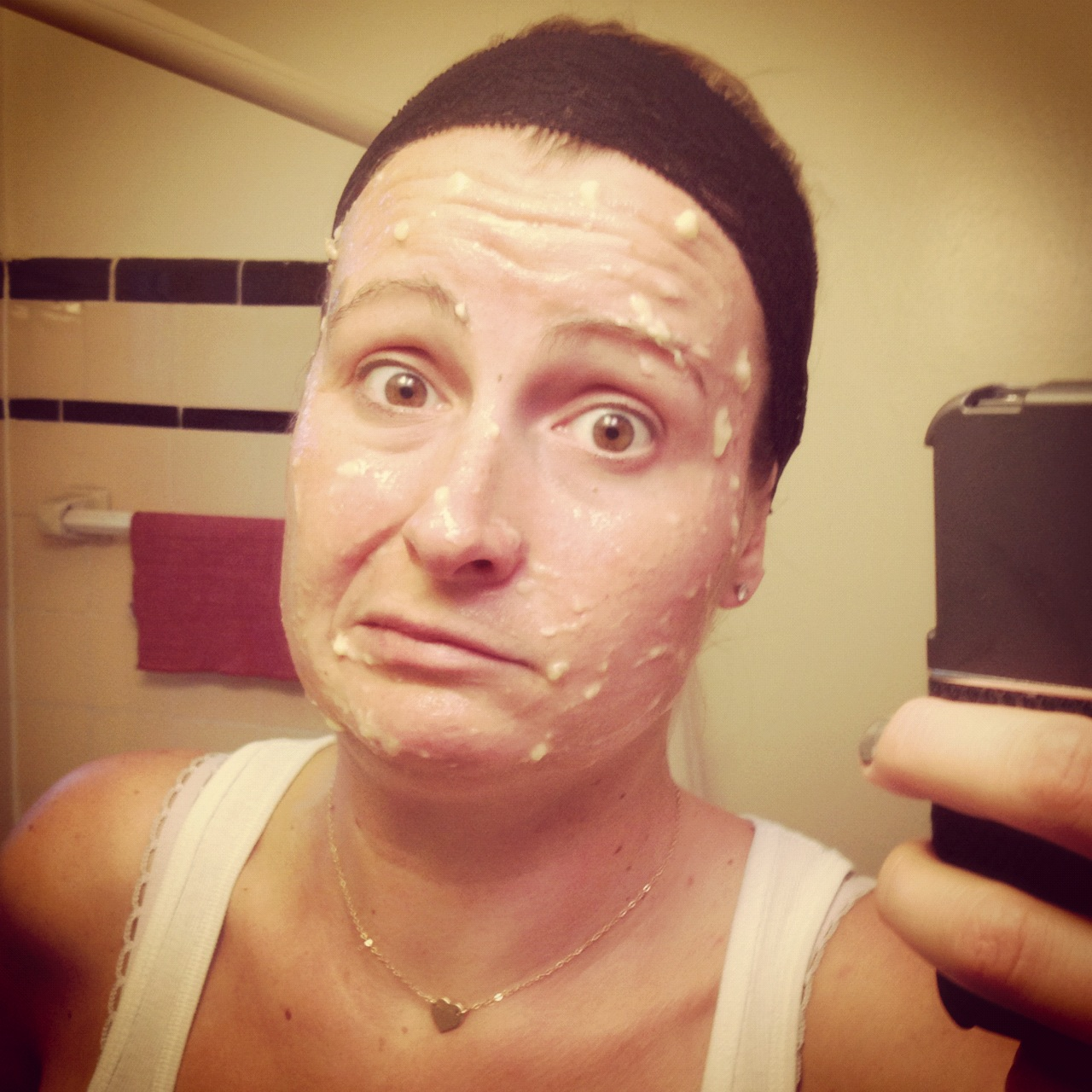 Do it yourself facial i think so staceygreenliving dry skin youre going to want to look for things that will add moisture to your skin also to combat the flakiness that will surely come your way solutioingenieria Gallery